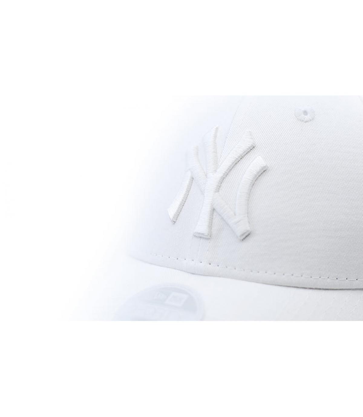 Détails Casquette Wmns League Ess NY white - image 3