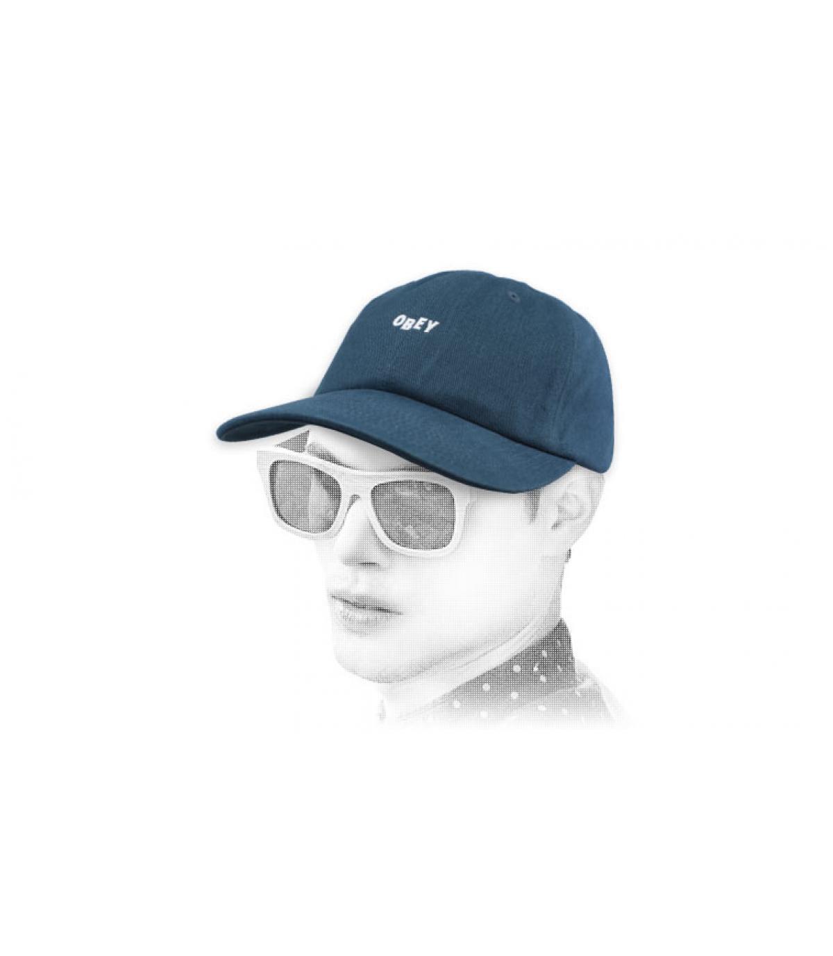 casquette bleu Obey