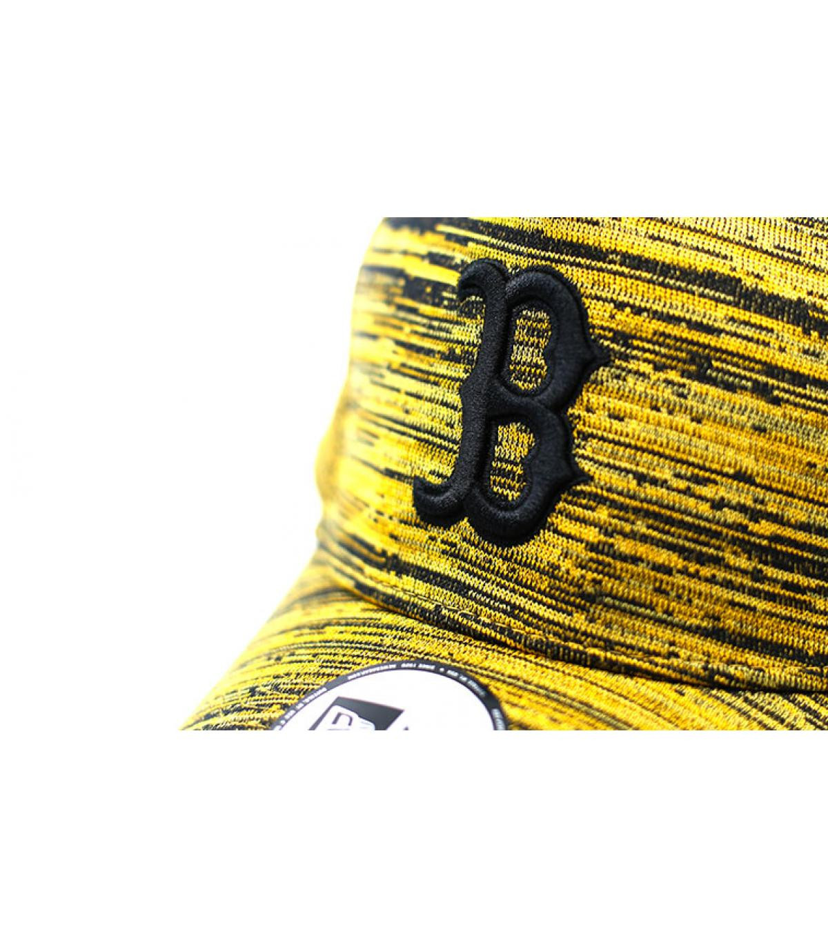Détails Casquette Engineered Fit A Frame Boston yellow black - image 3