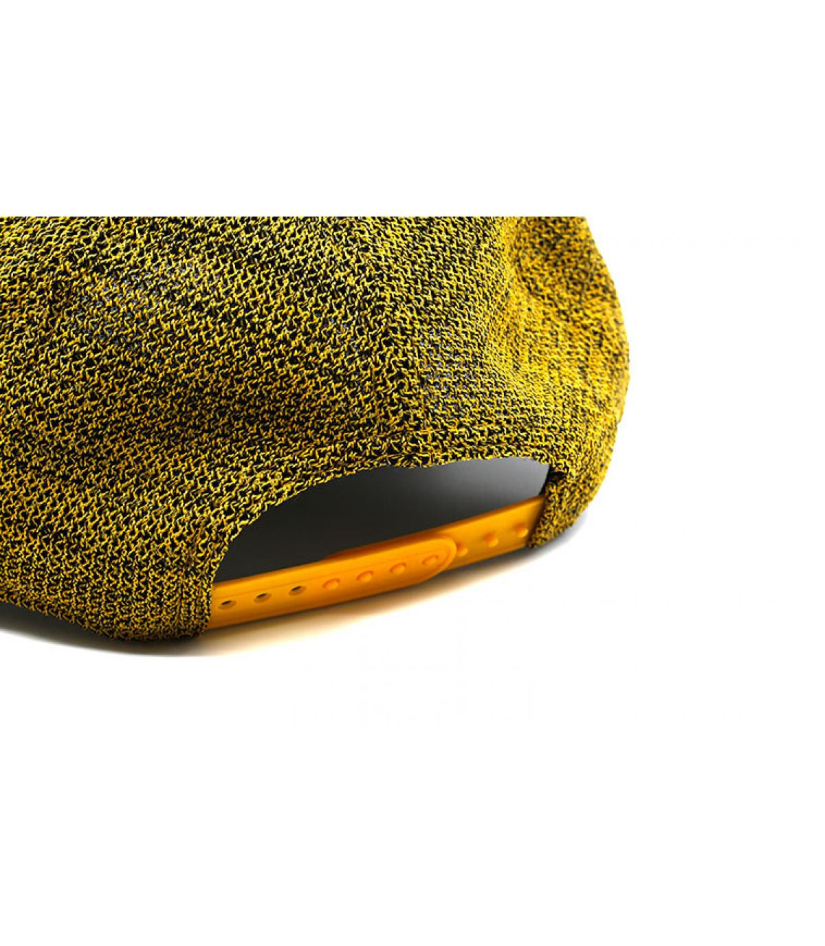 Détails Casquette Engineered Fit A Frame Boston yellow black - image 5
