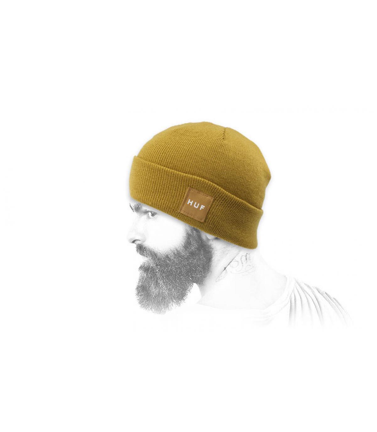 bonnet revers Huf jaune