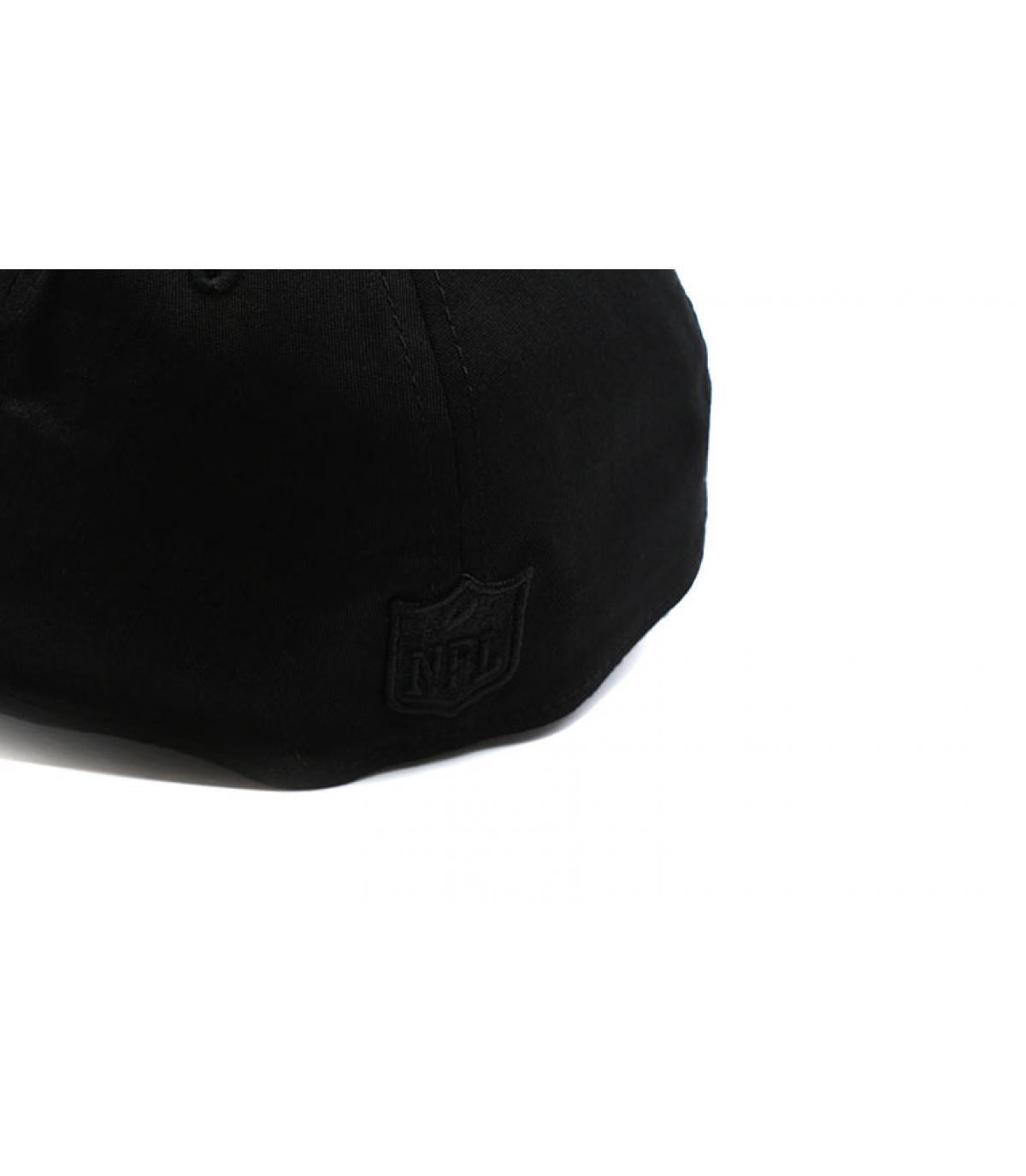 Détails Casquette Raiders Black On Black 39Thirty - image 5