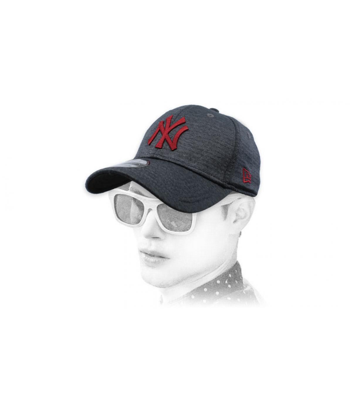 casquette NY noir gris