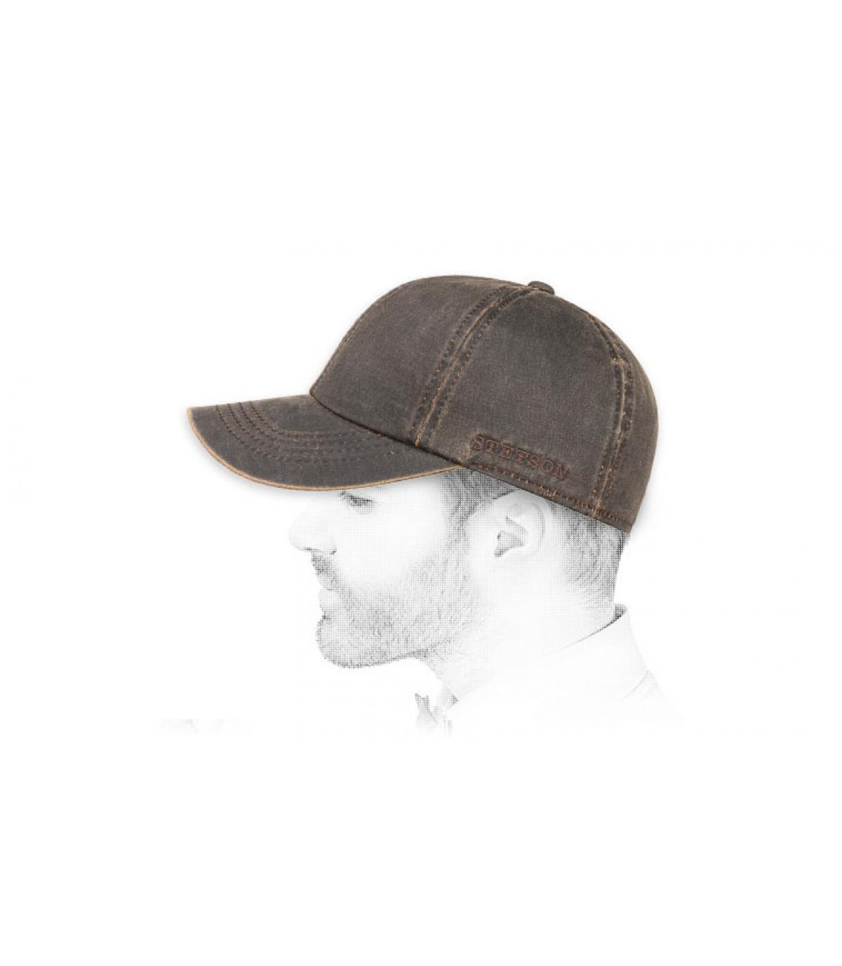 casquette marron protège oreilles