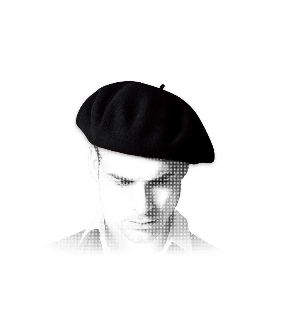 beret français noir