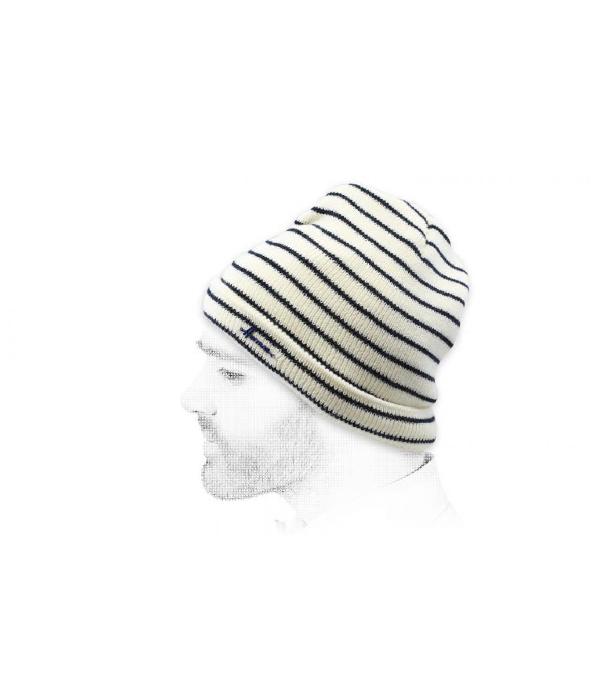 bonnet rayé blanc noir