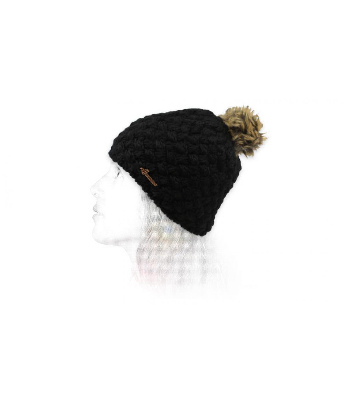 bonnet laine noir pompon