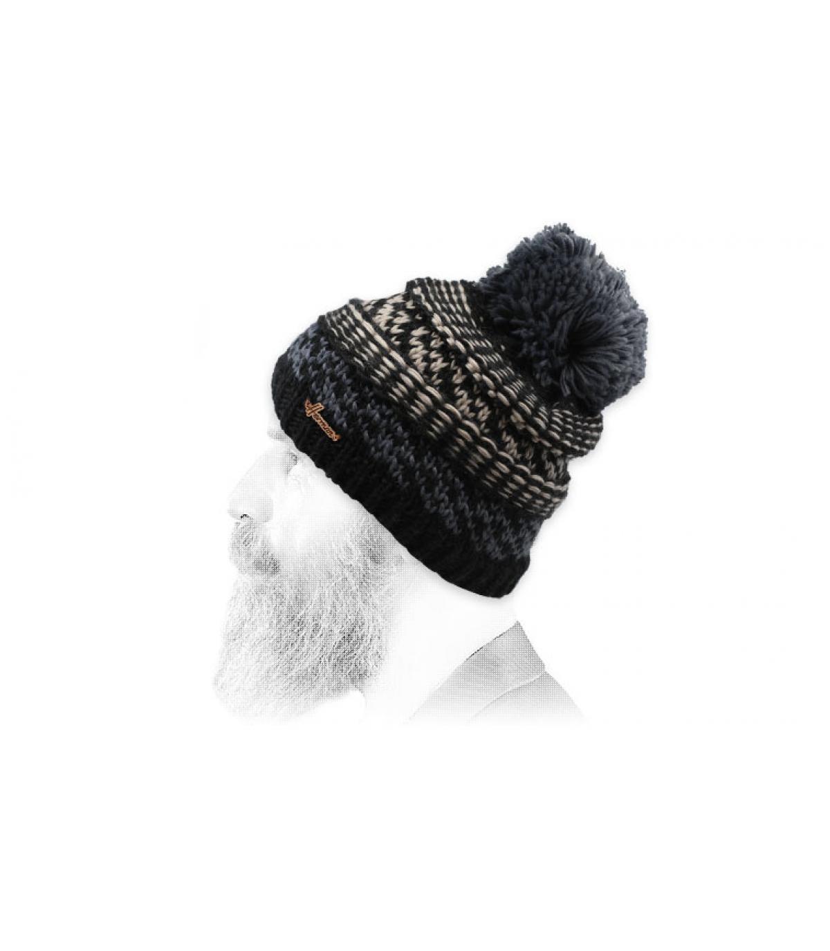 bonnet pompon motif noir