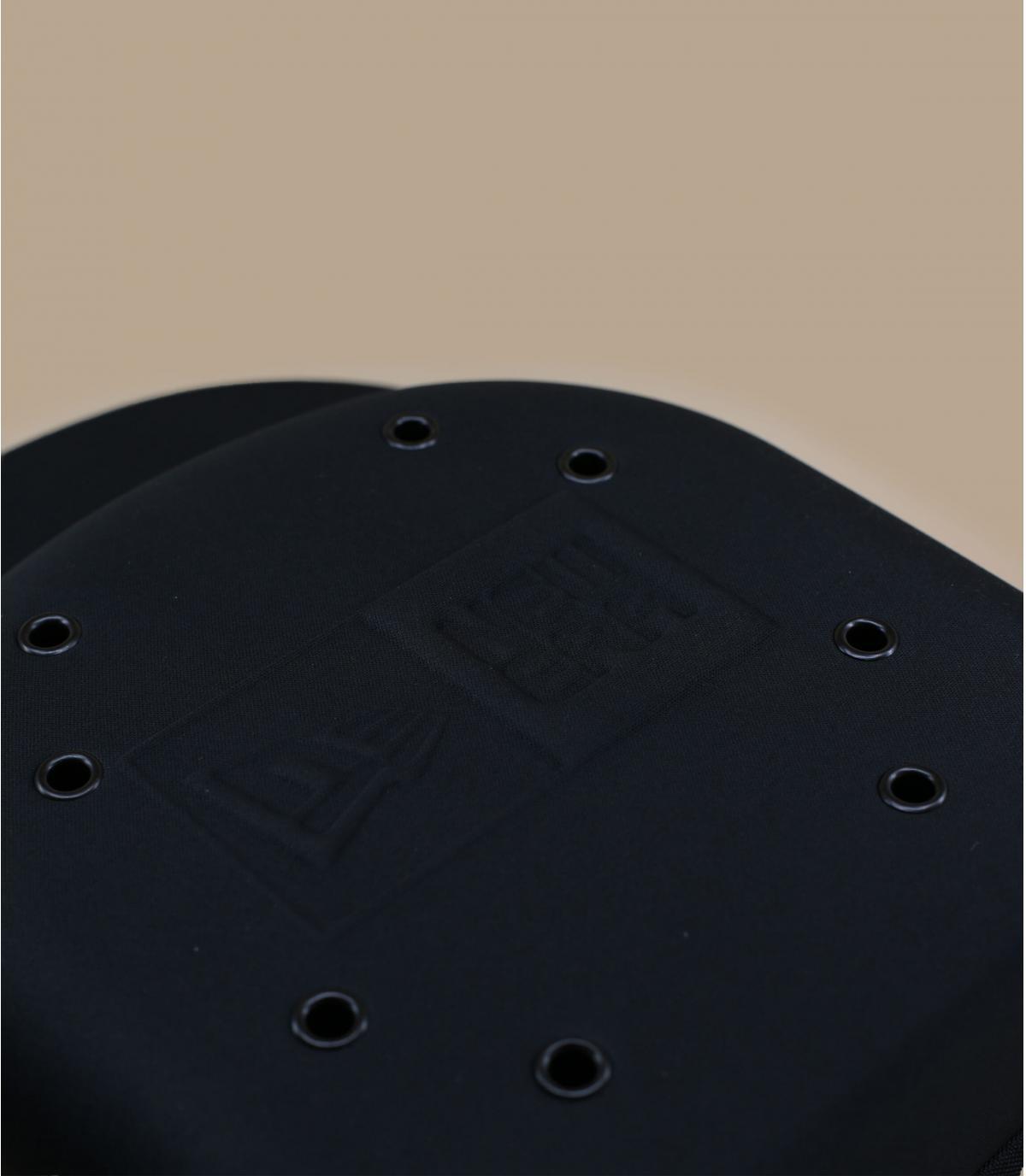 Détails Boîte à casquette x6 - image 2