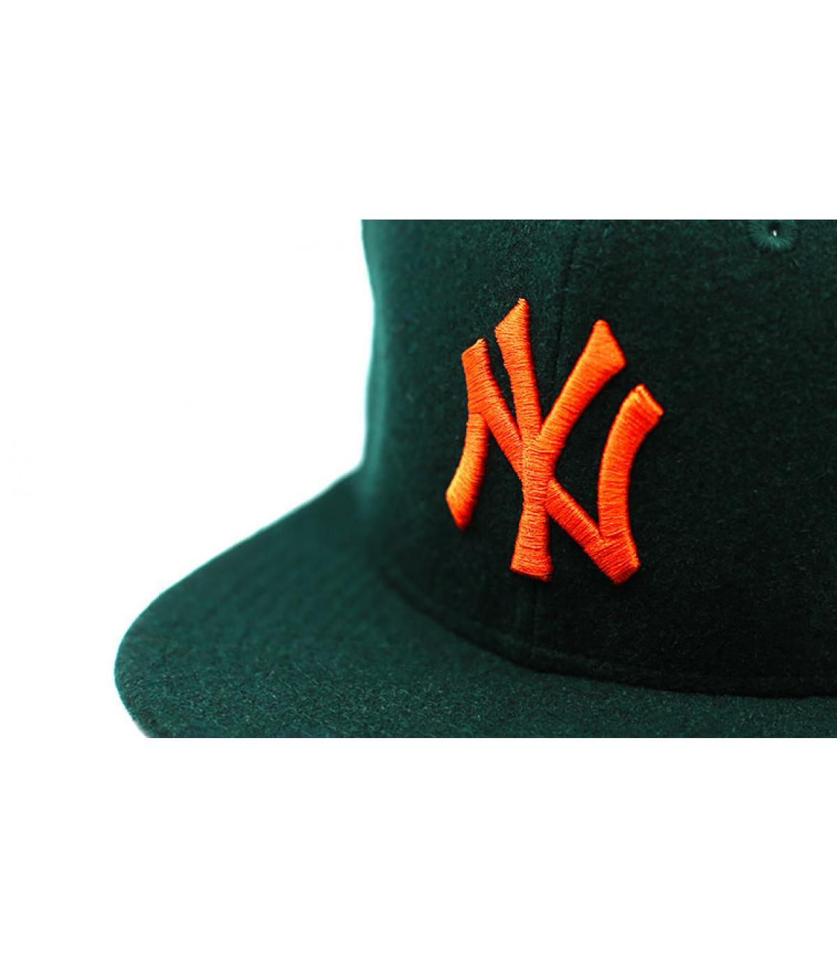 Détails Snapback Winter Utility NY Melton 9Fifty dark green orange - image 3