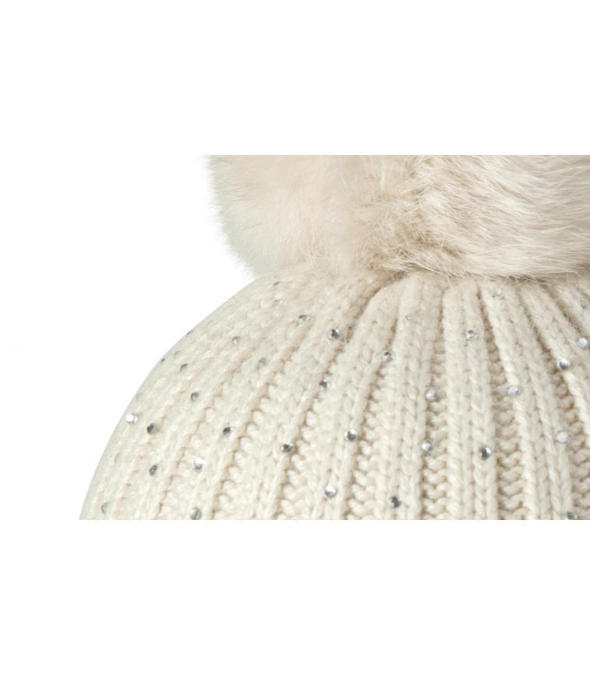 Bonnet detail diamant