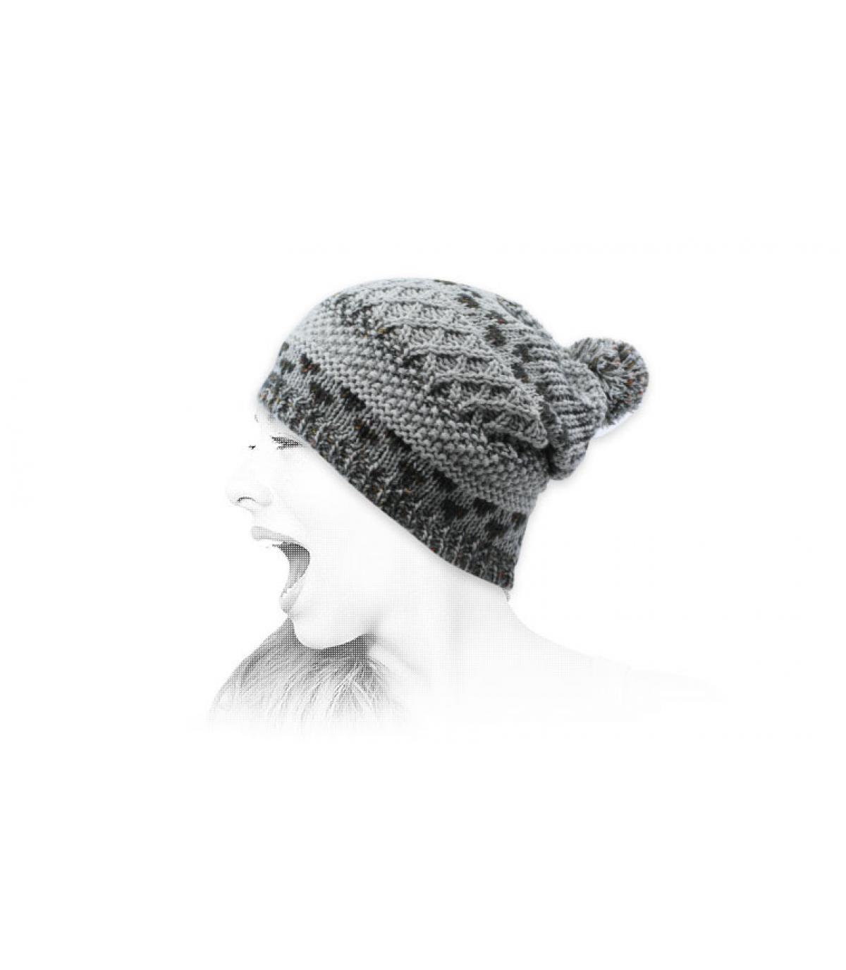 bonnet pompon gris jacquard