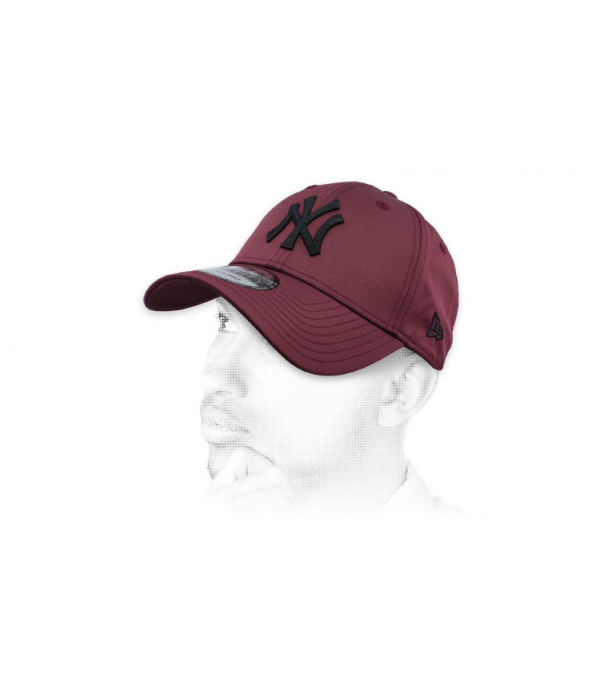 casquette NY bordeaux noir