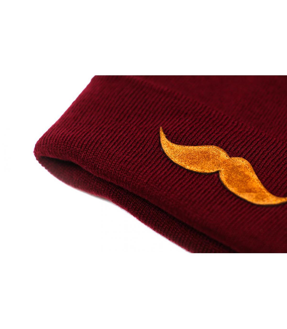 Détails Bonnet Movember burgundy - image 3