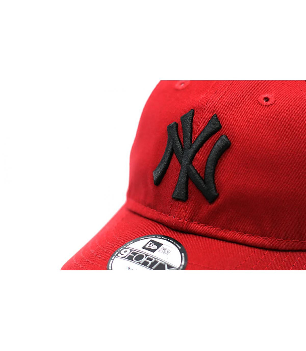 Détails Casquette Baby League Ess NY 9Forty hot red black - image 3