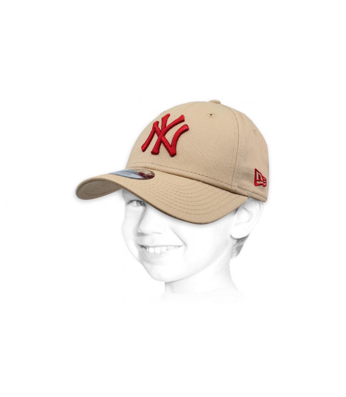37c4f0da1d1a New Era Trucker League Ess NY camel. 25€ - Indisponible. casquette NY  enfant beige