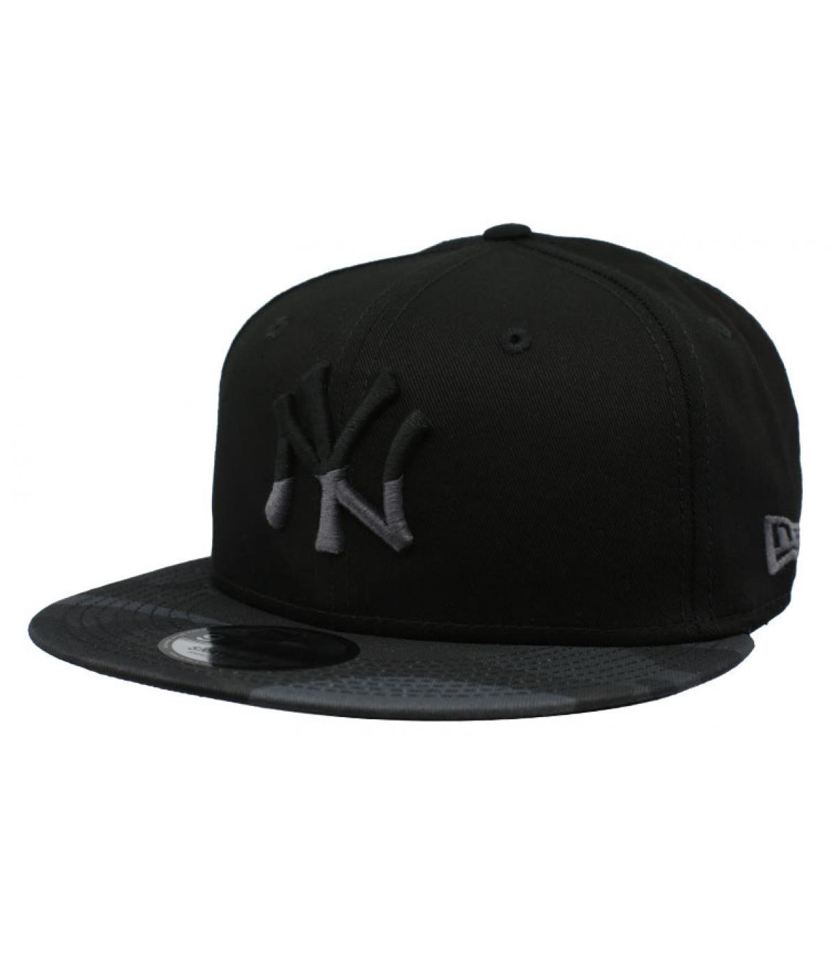 snapback NY noir