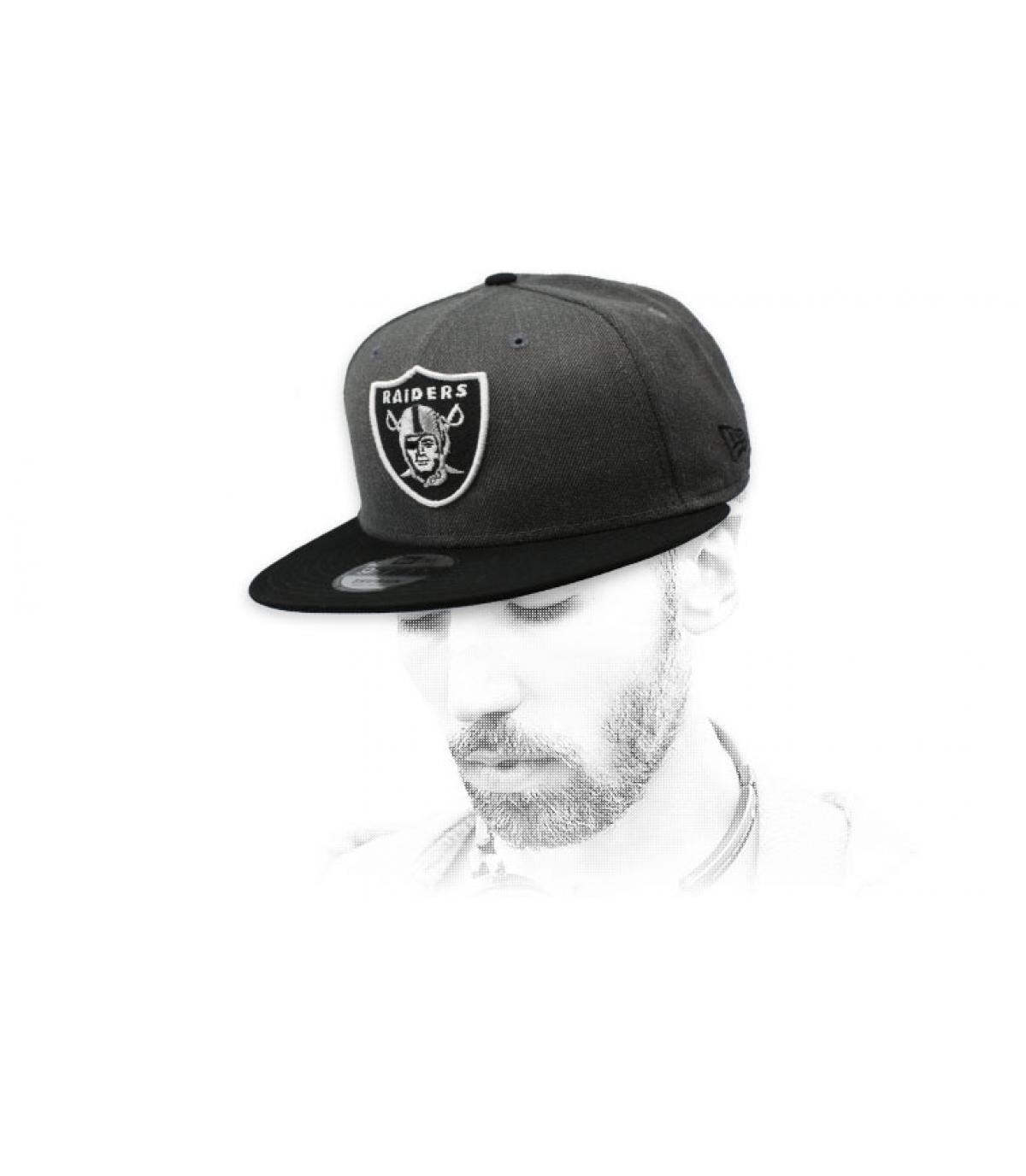 snapback Raiders gris