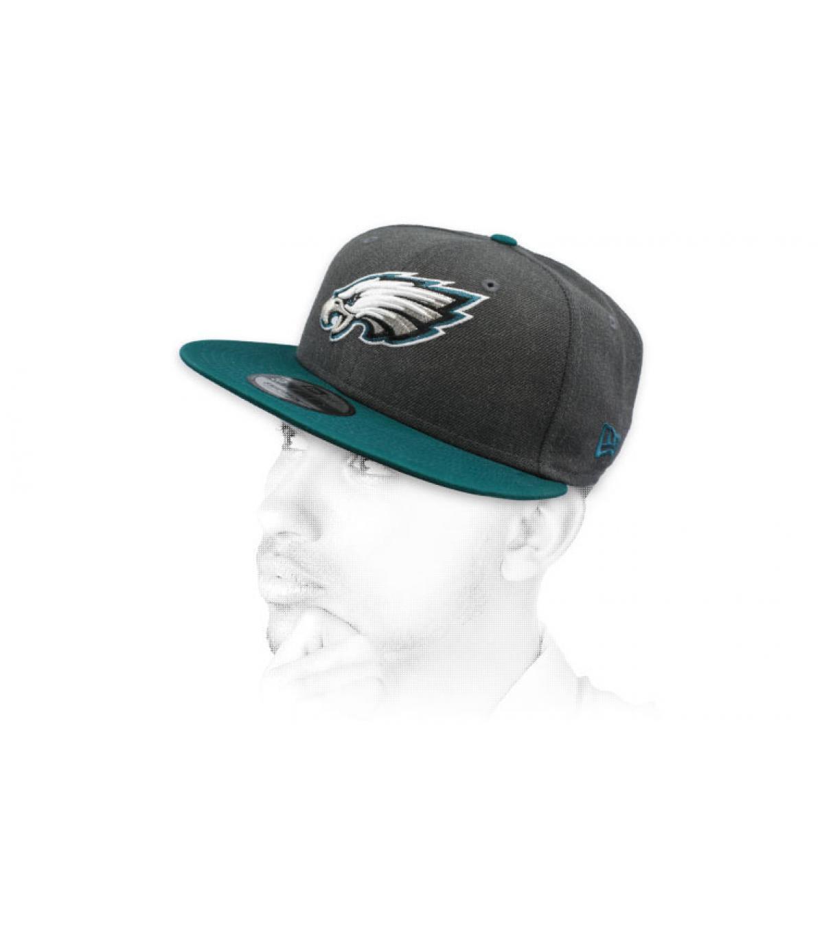 snapback Eagles gris