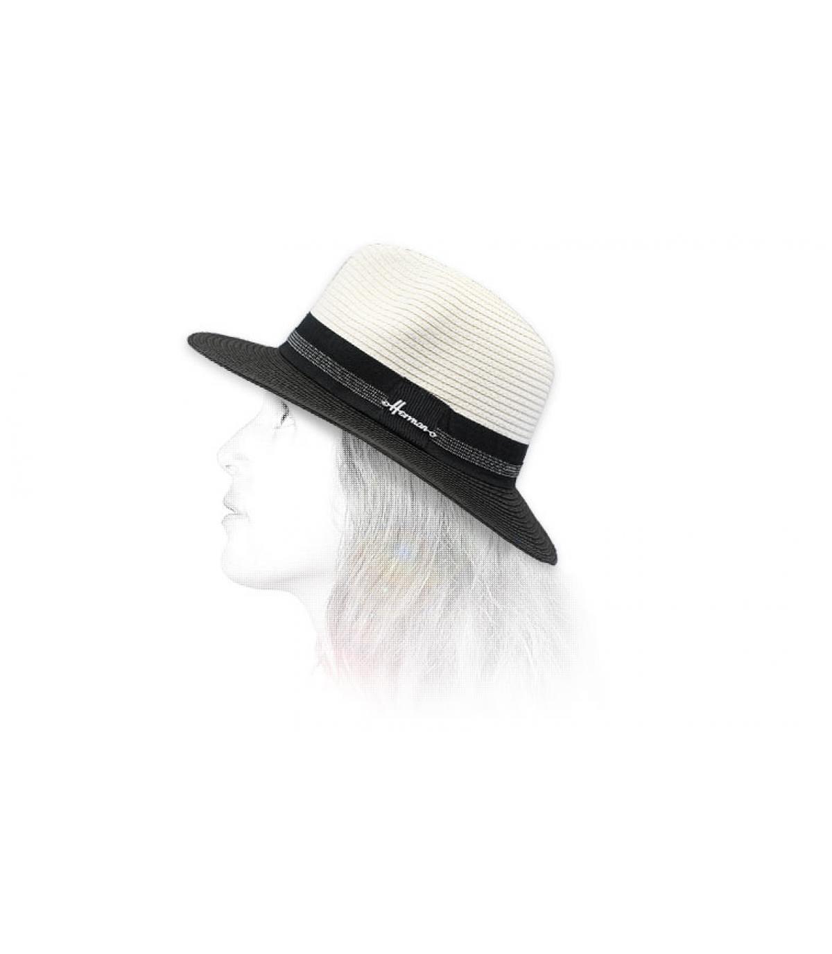 Chapeau noir blanc paille