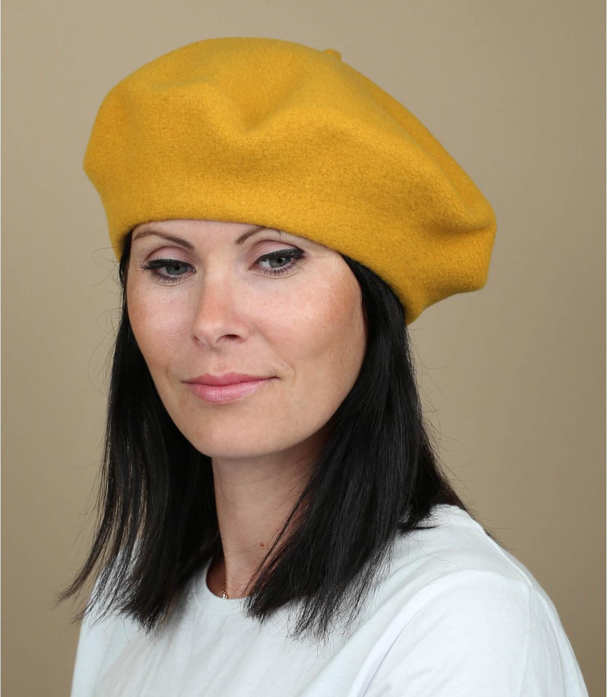 Béret femme moutarde