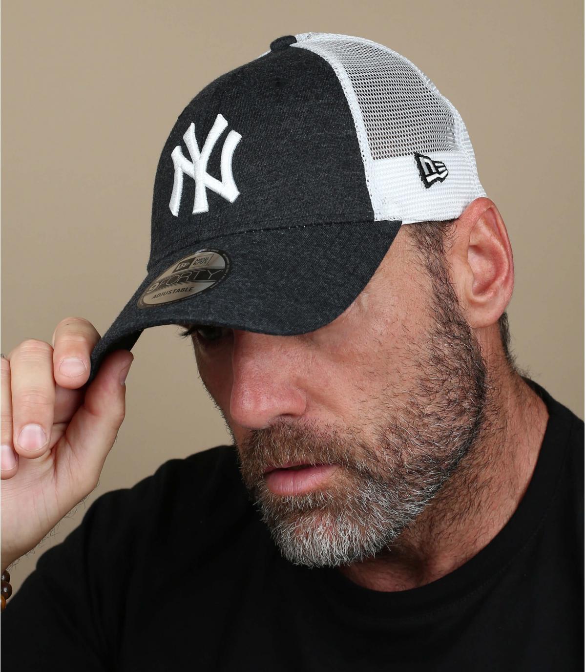 trucker noir NY