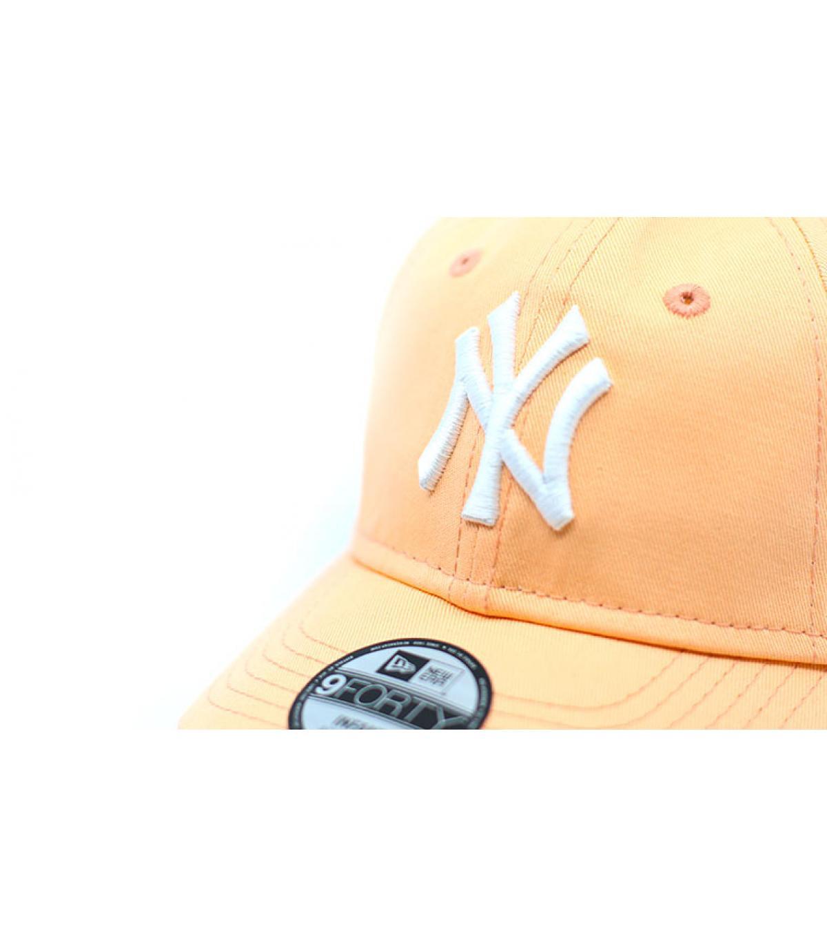 Détails Casquette Bébé League Ess 9Forty NY peach - image 3
