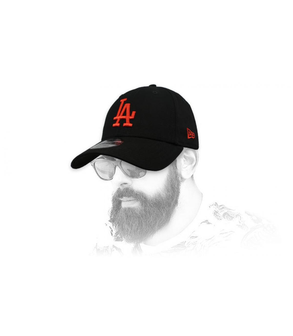 casquette LA noir rouge