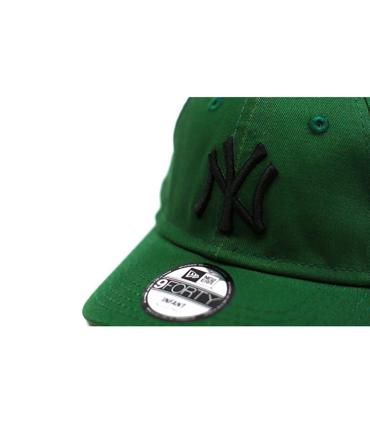 Détails Casquette bébé League Ess NY green black - image 3