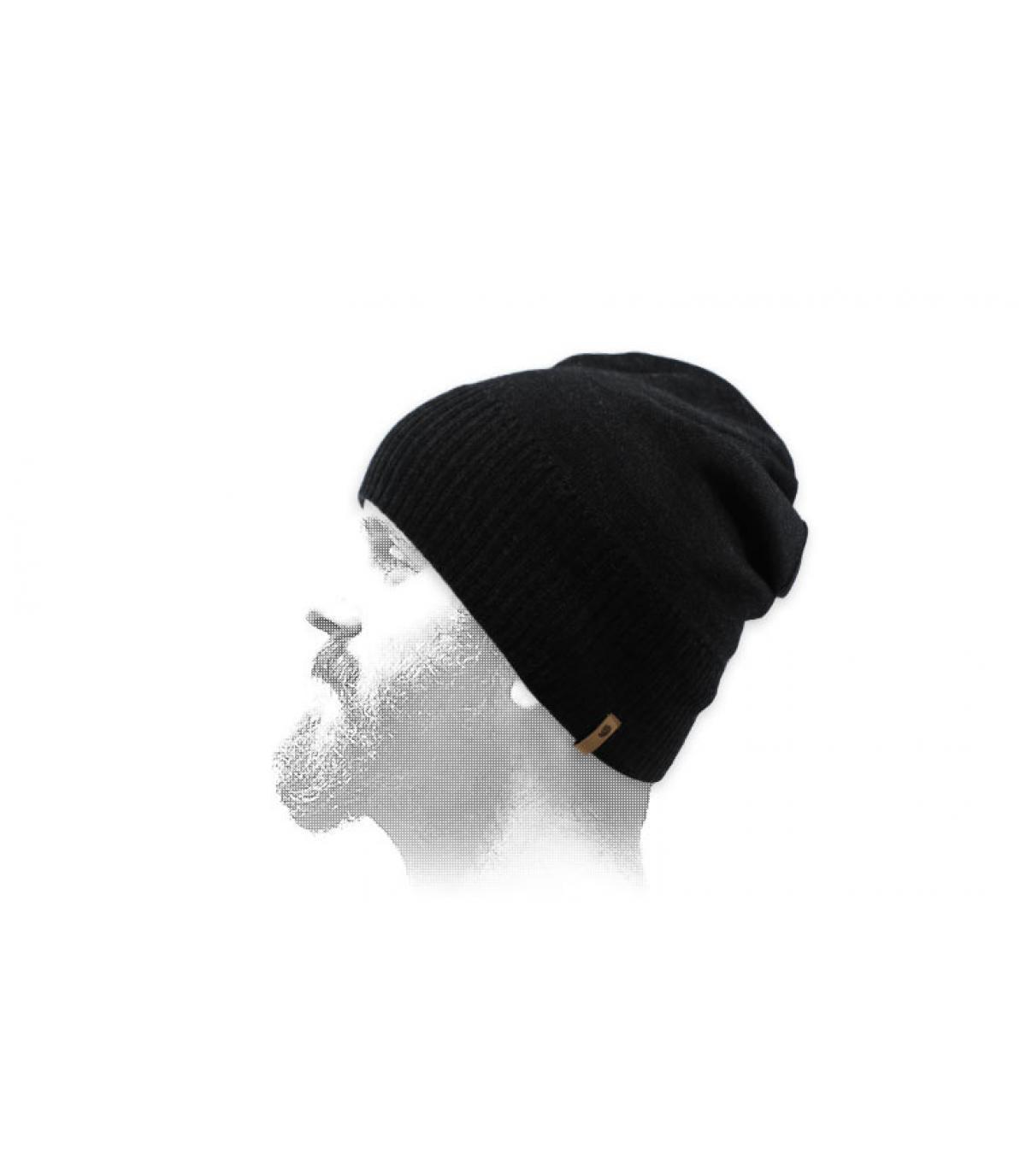 bonnet court noir laine