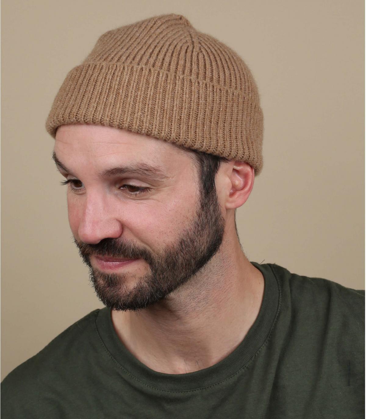 bonnet beige laine revers