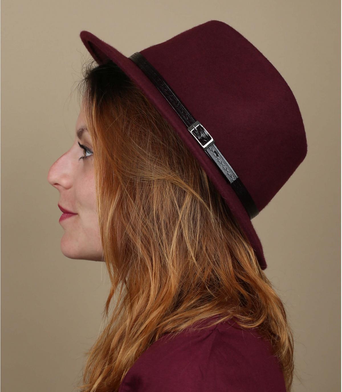 chapeau bordeaux feutre