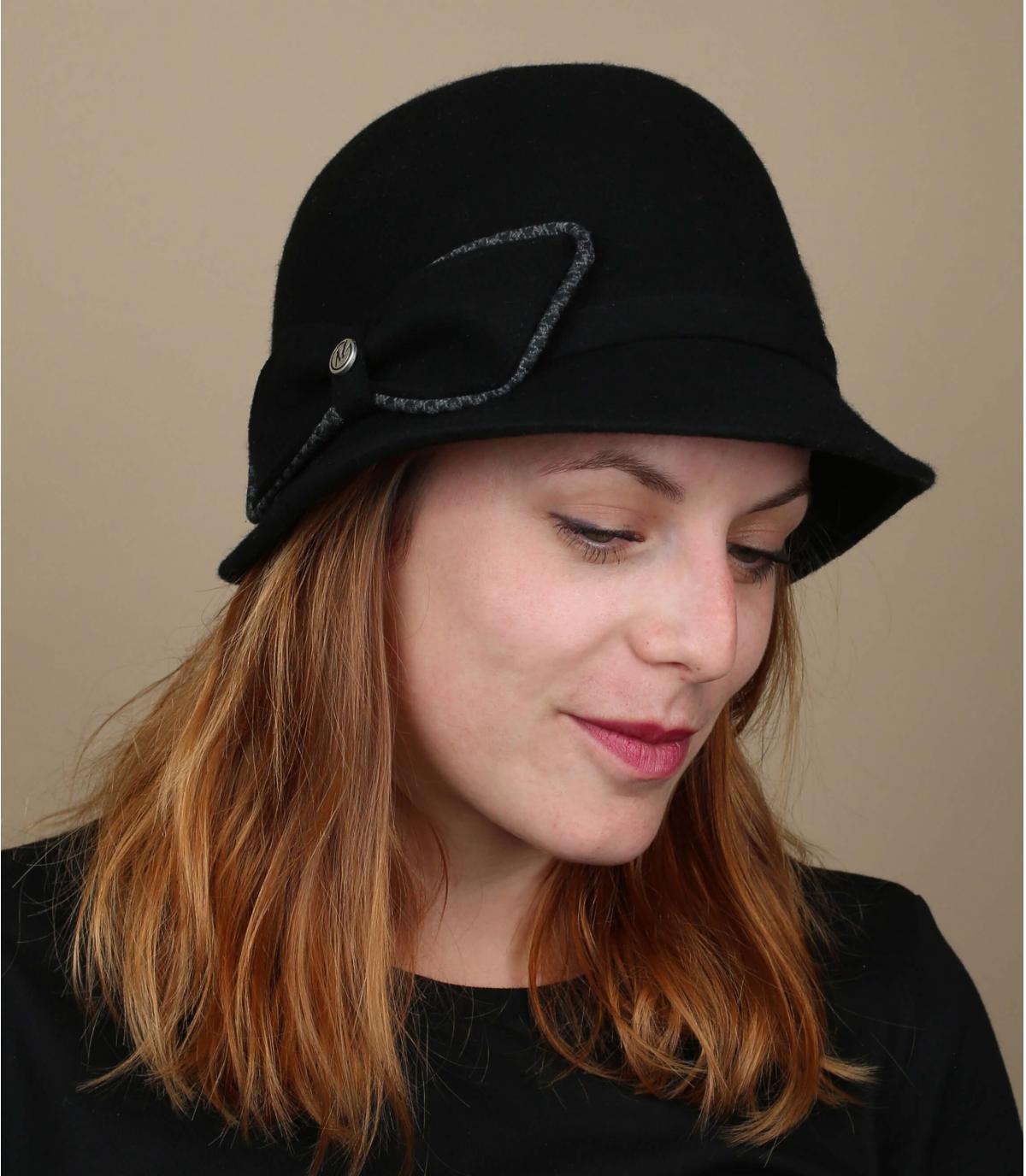 chapeau cloche gris feutre