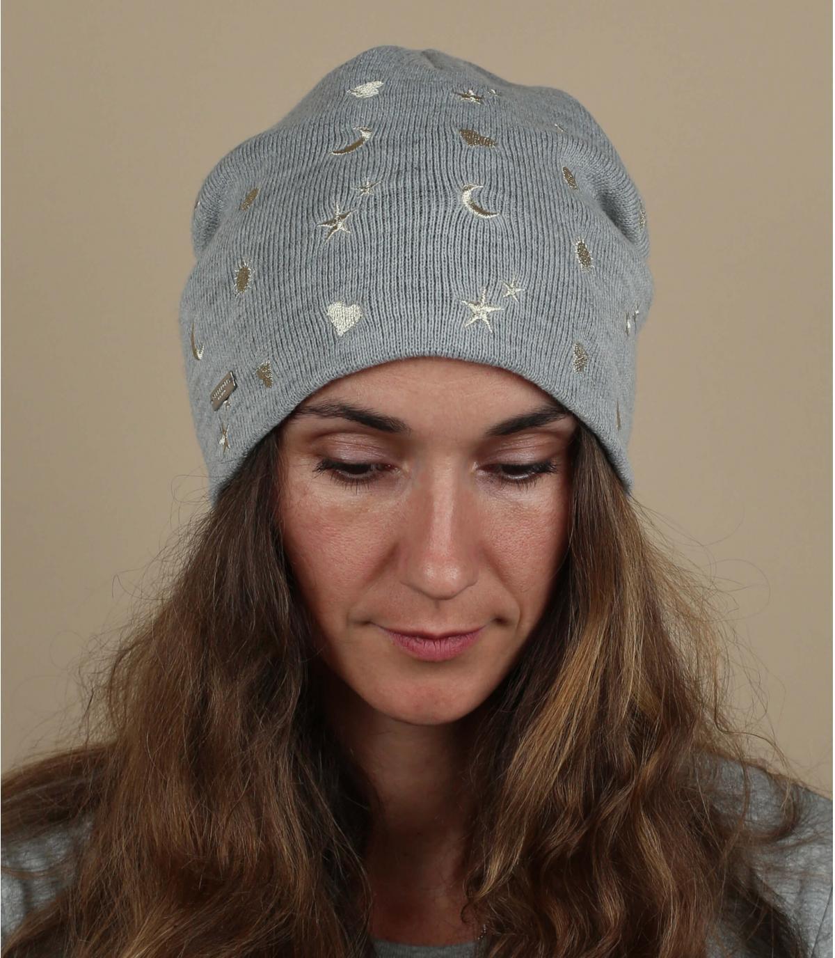 bonnet gris motif étoile