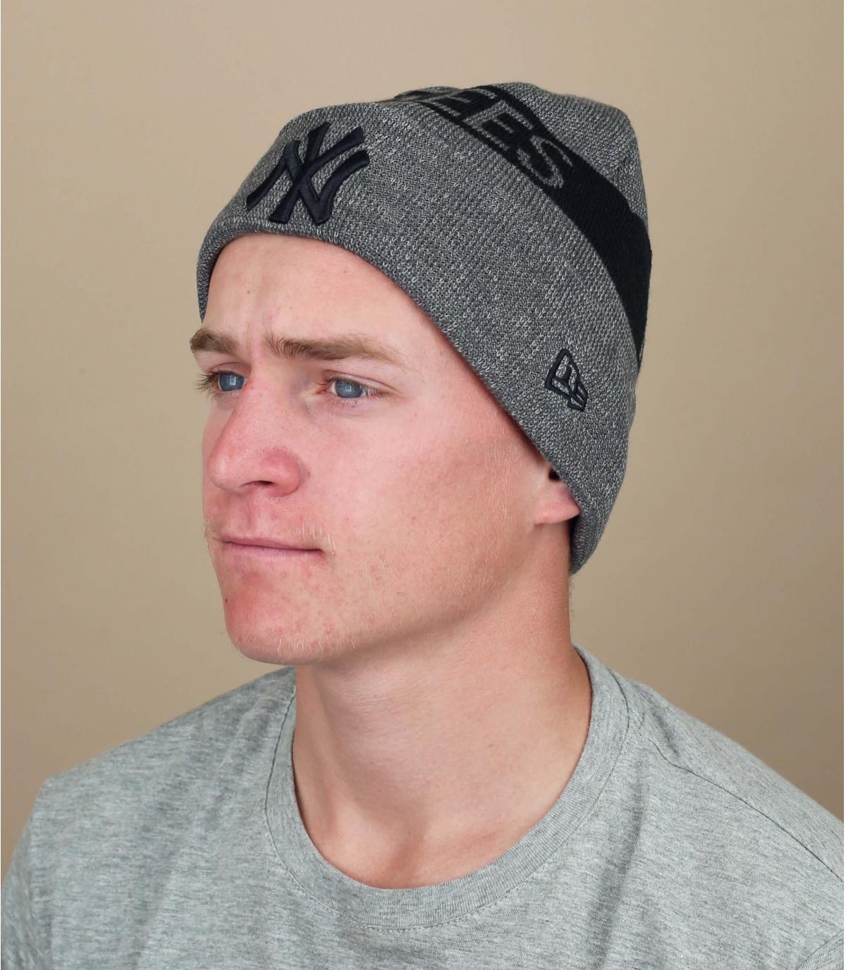 bonnet revers NY gris noir