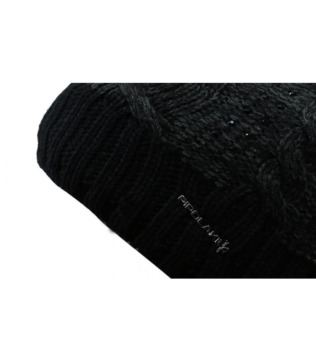 bonnet noir pompon fourrure