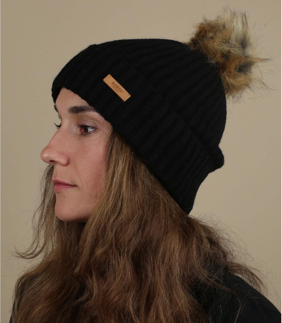 bonnet laine noir pompon fourrure