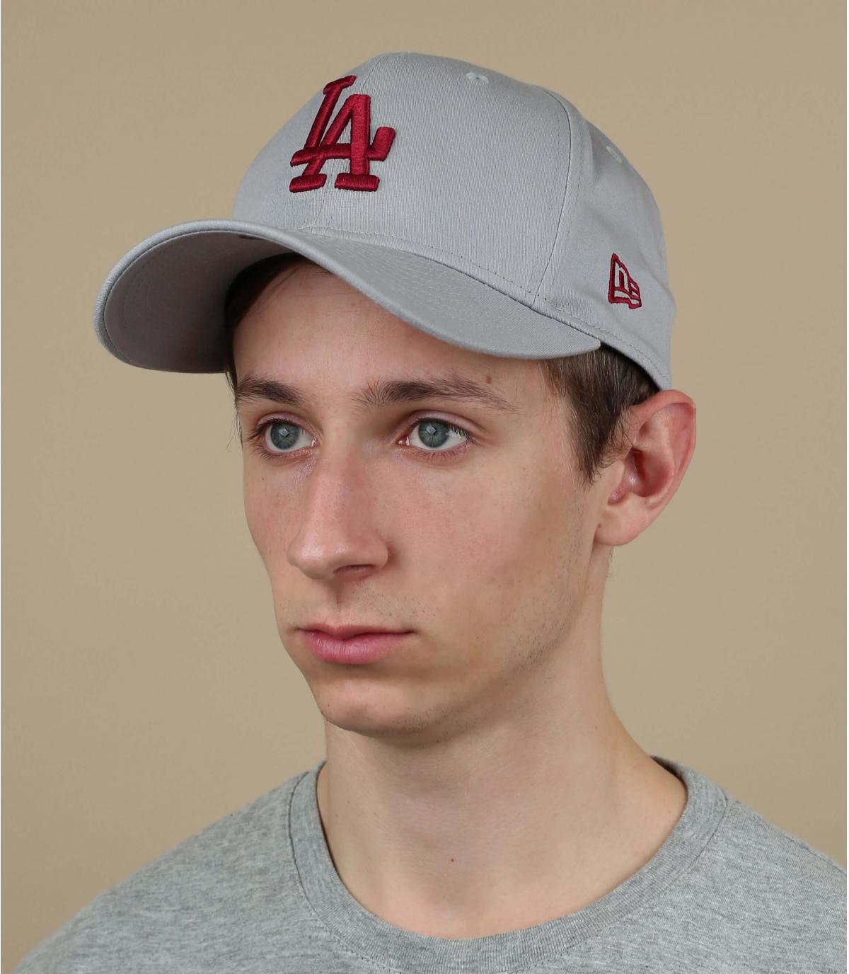 casquette LA gris rouge