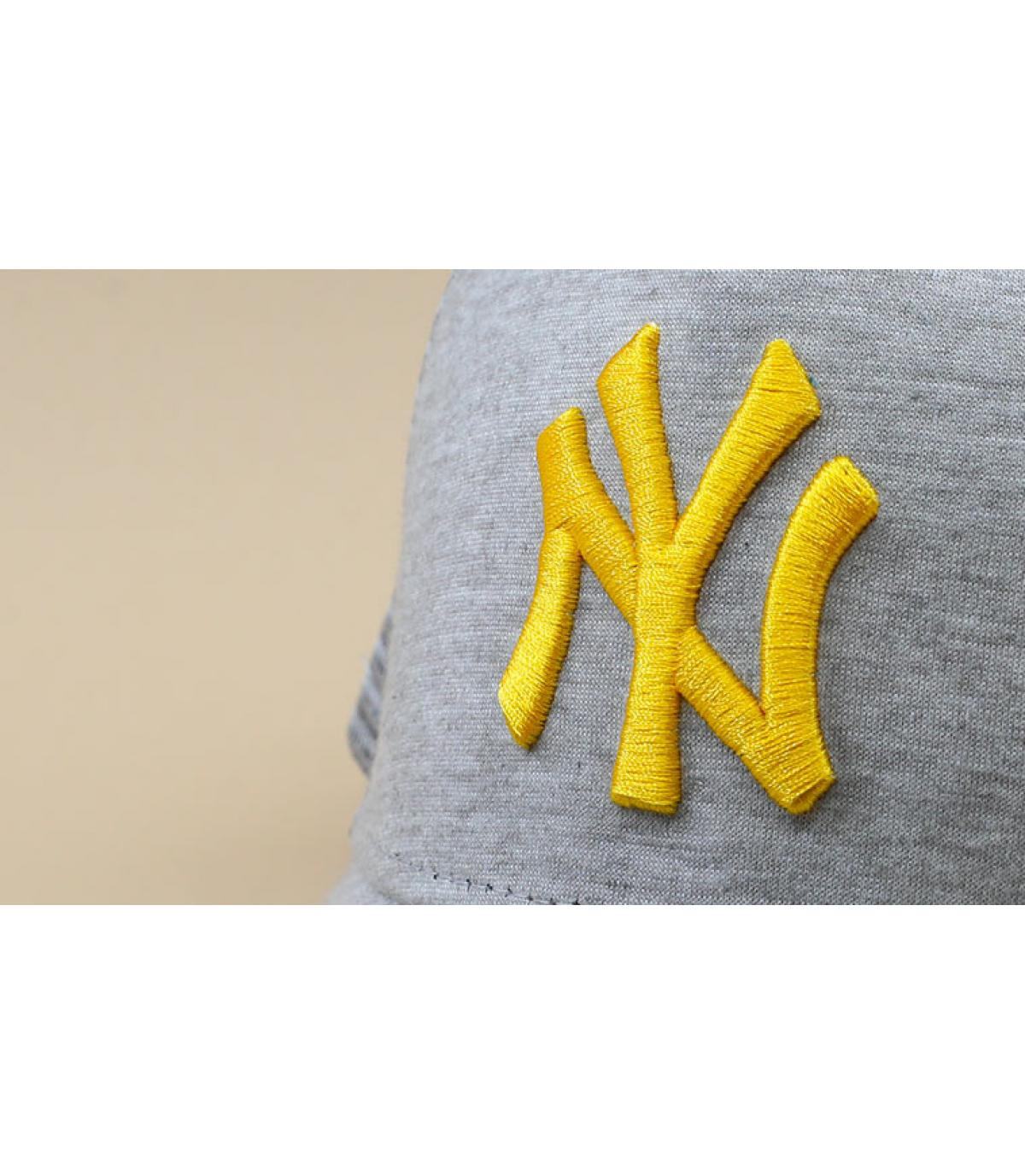 Détails Trucker Kids Jersey Ess NY grey mellow yellow - image 3