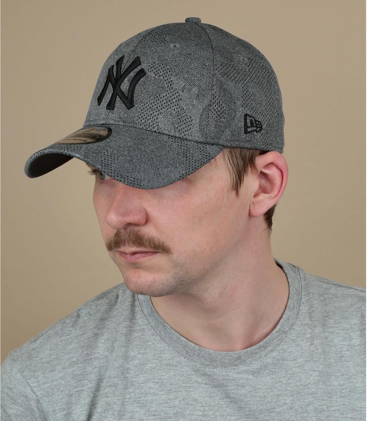 casquette NY gris noir