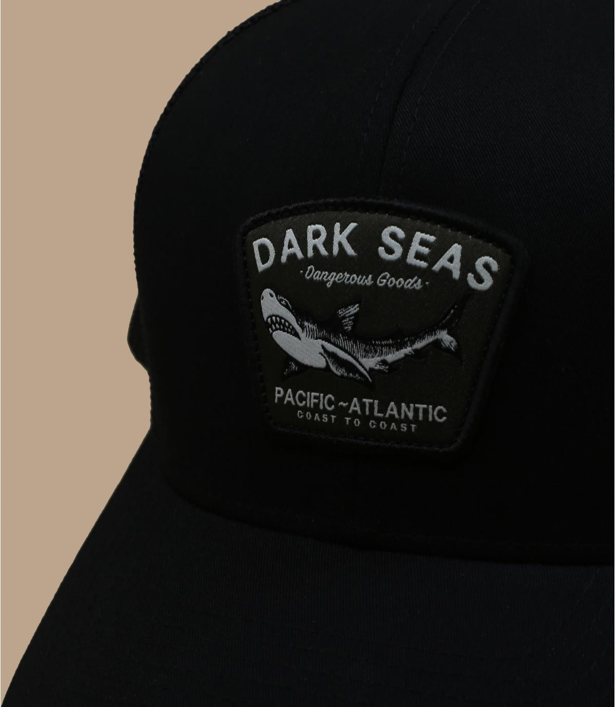 trucker requin noir