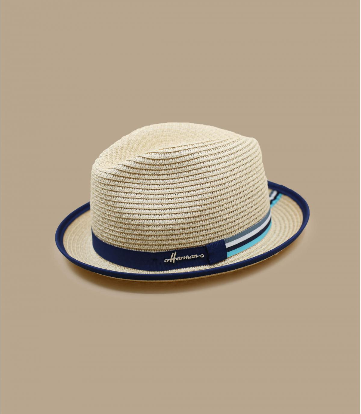 chapeau paille détail contrastant