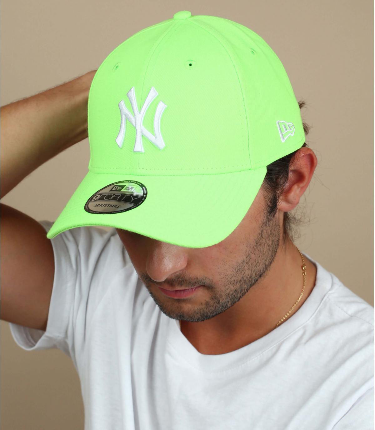 caquette NY vert fluo