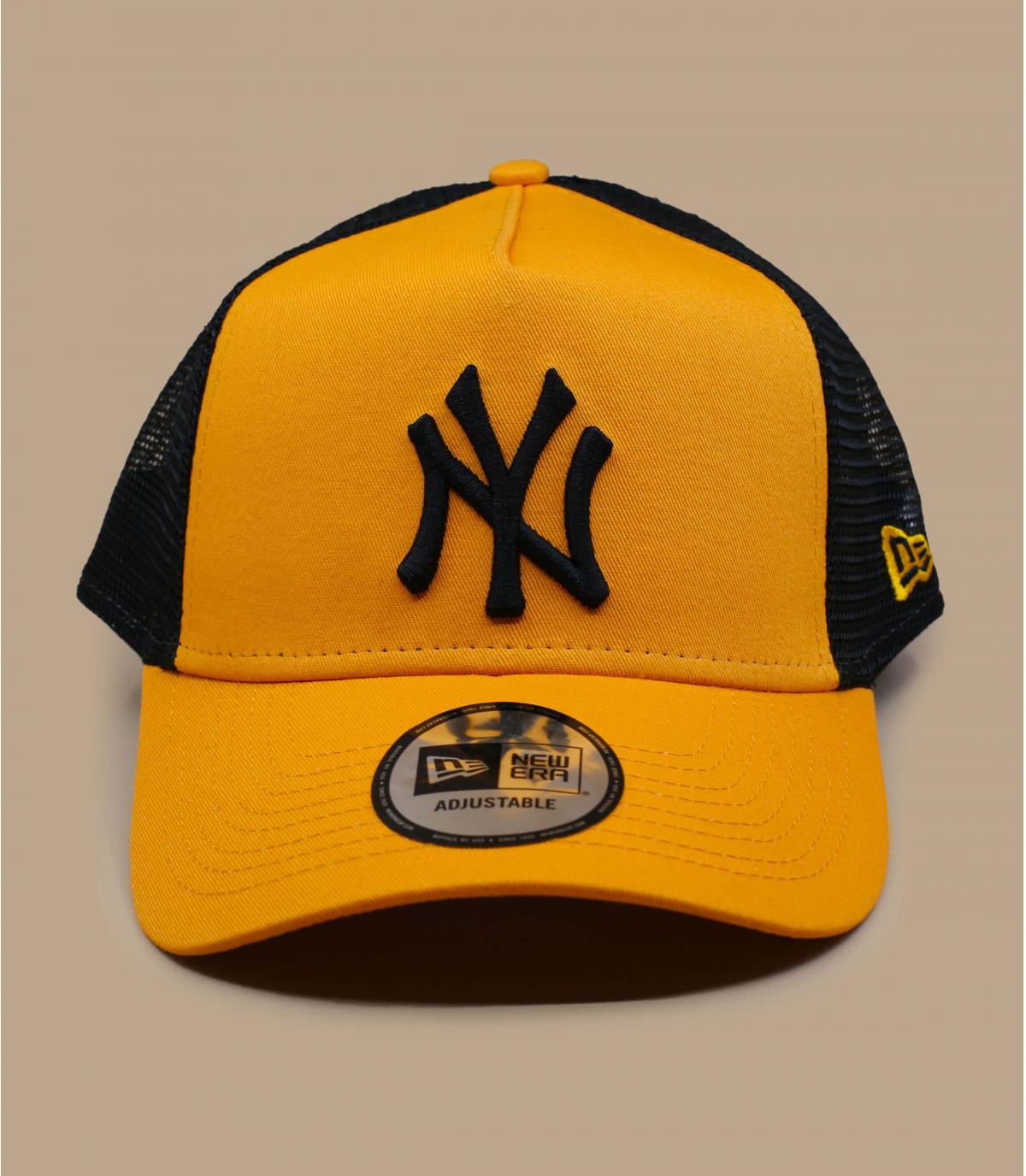 trucker jaune NY