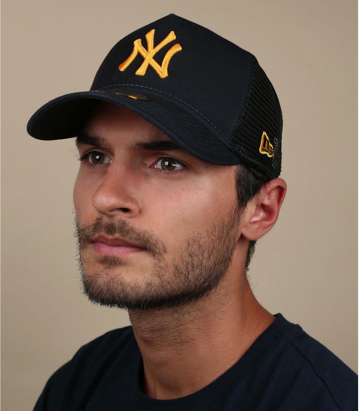 trucker bleu jaune NY