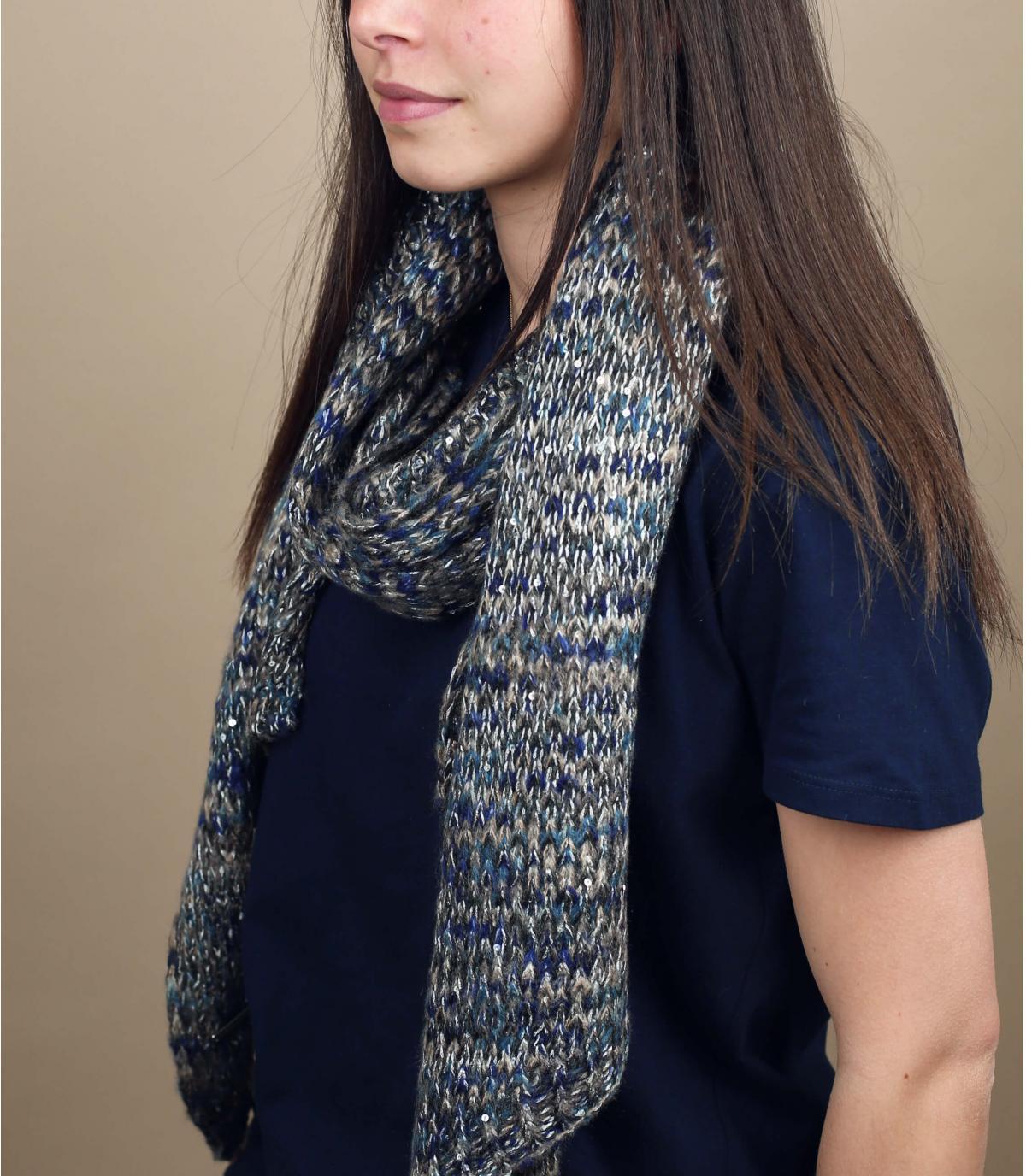 écharpe motif gris bleu