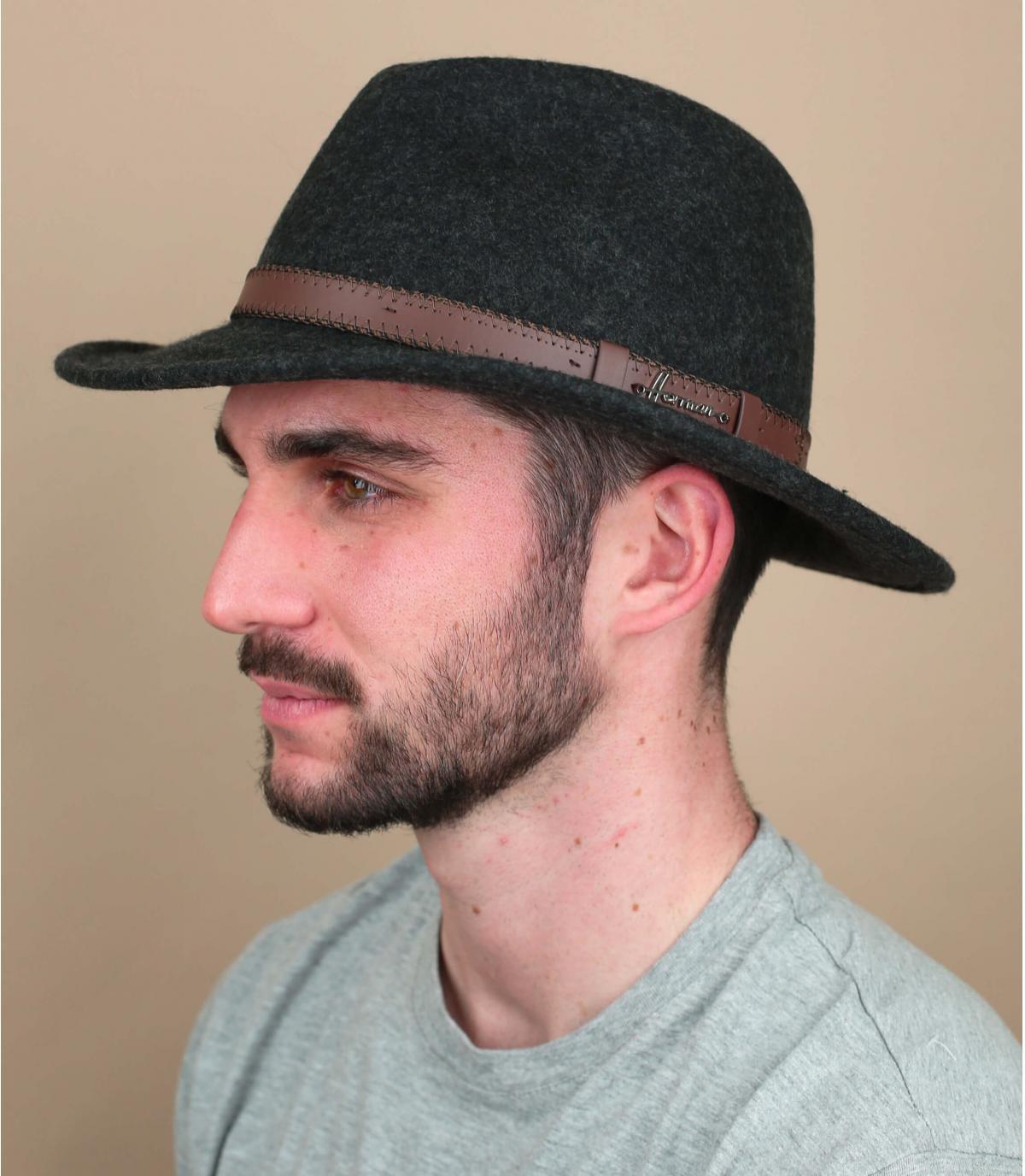 chapeau feutre gris