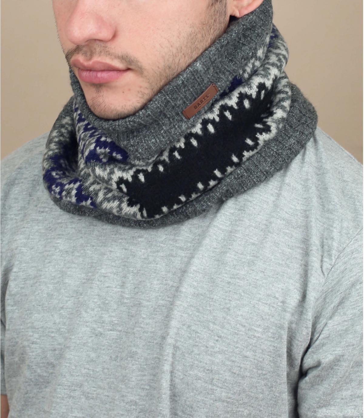 écharpe grise motif