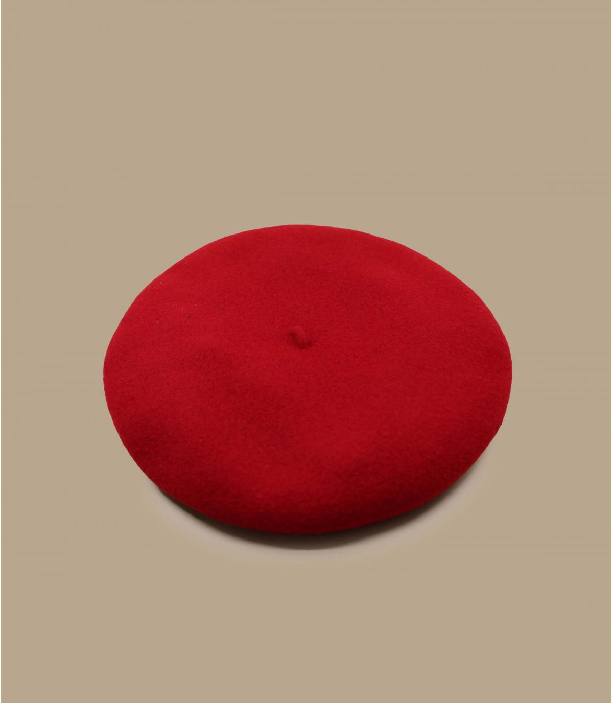 béret rouge pied-de-poule