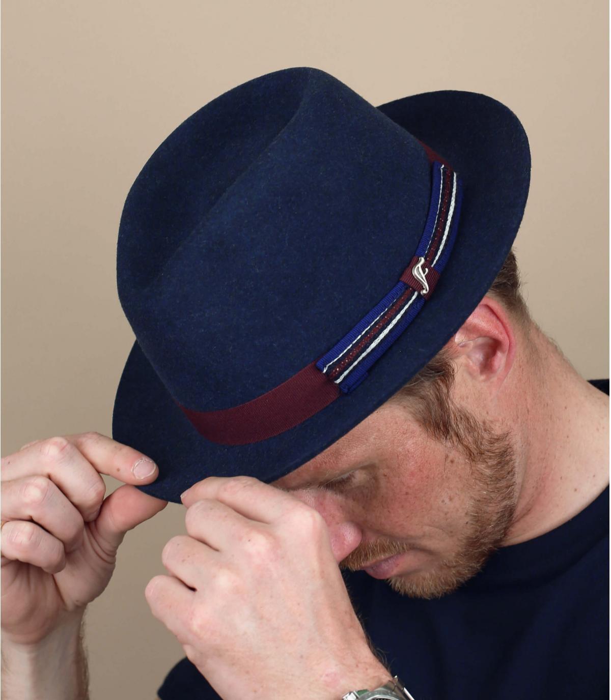 trilby bleu feutre imperméable